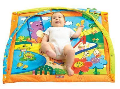 Hrací deka s hrazdou TINY LOVE Slunečný den 2014 - 2