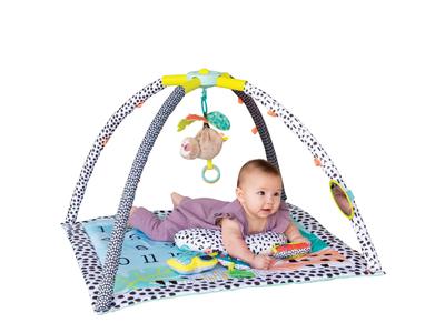 Hrací deka s hrazdou INFANTINO 4v1 Twist & Fold 2020 - 2