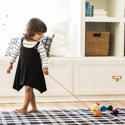 Dřevěná hračka BABY EINSTEIN Housenka Inch Along Cal HAPE 12m+ 2020 - 3