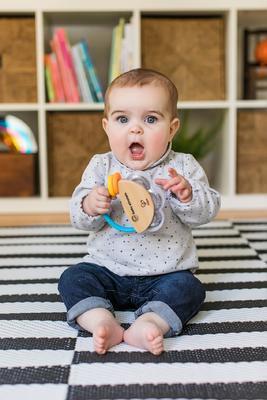 Dřevěná hudební hračka BABY EINSTEIN Tamburína Magic Touch HAPE 3m+ 2020 - 3