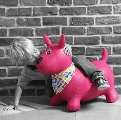 Skákací pes Ludi 2020, růžový - 3