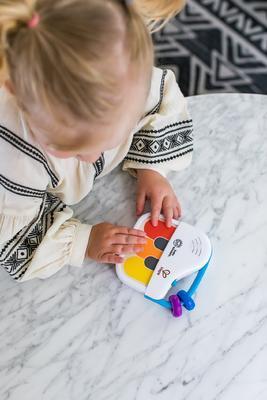 Dřevěná hudební hračka BABY EINSTEIN Mini piano Magic Touch HAPE 3m+ 2020 - 4
