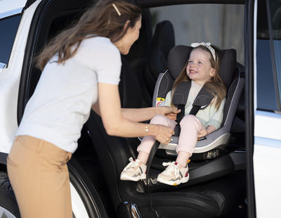 Autosedačka BESAFE iZi Twist i-Size 2021 - 5