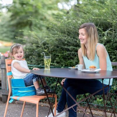 Přenosná jídelní židlička BADABULLE 2v1 One-the-Go 2021 - 5