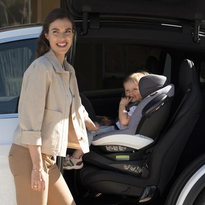 Autosedačka BESAFE iZi Turn i-Size 2021, premium car interior black - 6