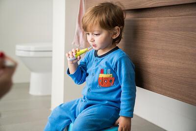 Dětský elektrický kartáček NUVITA Baby Dental Kit 2020 - 6