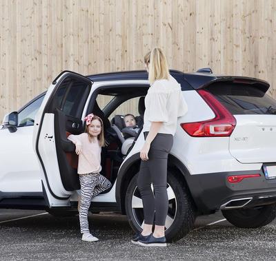 Autosedačka BESAFE iZi Twist B i-Size 2021, cloud mélange - 7