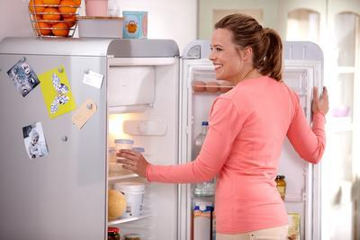 Odsávačka mateřského mléka AVENT  Natural s VIA pohárky 2020 - 7